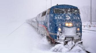 Train Winter