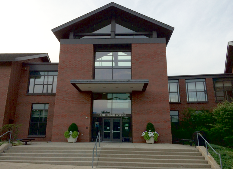 Darien High School entrance