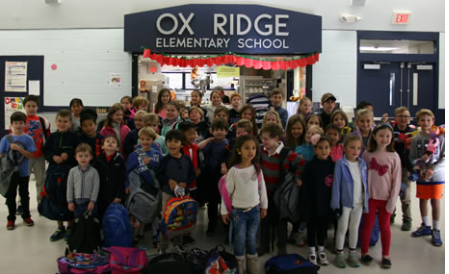 Ox Ridge School holiday giving Darien Public Schools photo 911-29-16