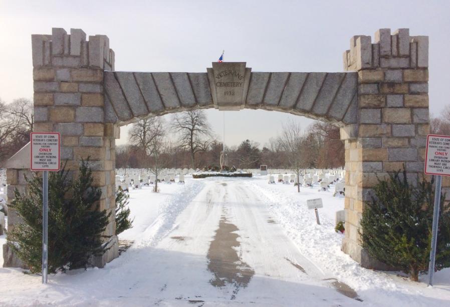 Entrance Veterans Cemetery Hecker Ave 01-23-17