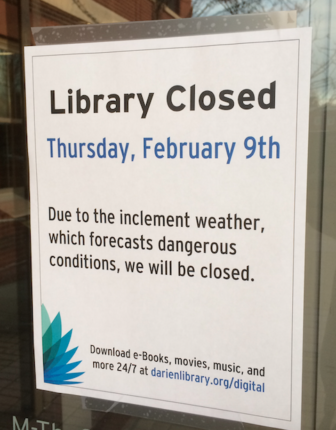 Closed sign Darien Library 02-08-17