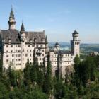 Neuschwanstein Castle 04-01-17 https://commons.wikimedia.org/wiki/File:Castle_Neuschwanstein.jpg