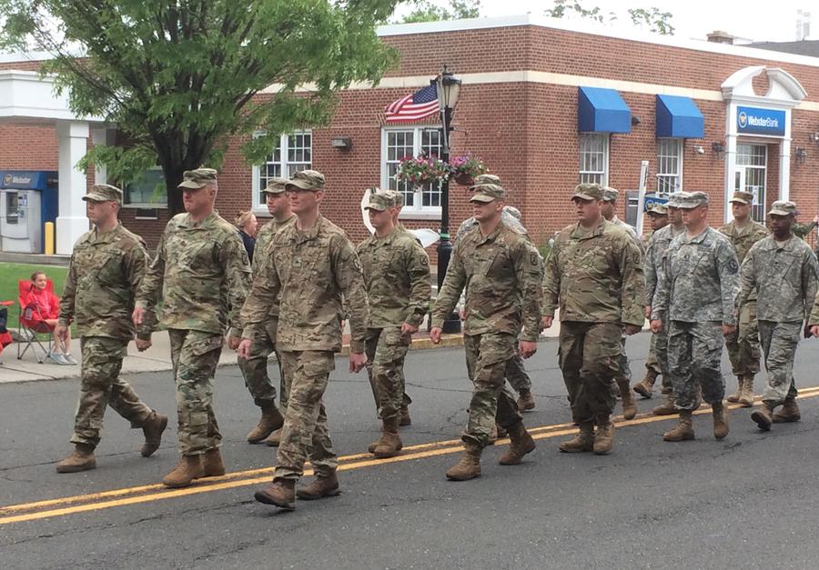 National Guard marching Parade Memorial Day 2017 05-29-17