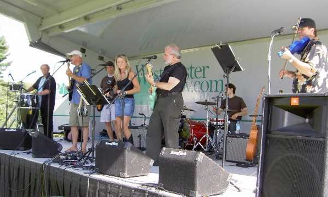 Barnstorm band Darien Summer Nights 07-12-17