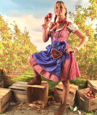 Melina Bruhn Oktoberfest 09-28-17