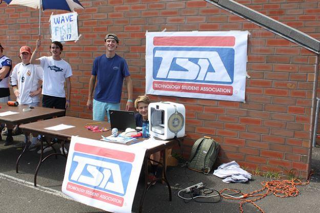 DHS Club and Activities Fair TSA Technology Student Association 09-19-17