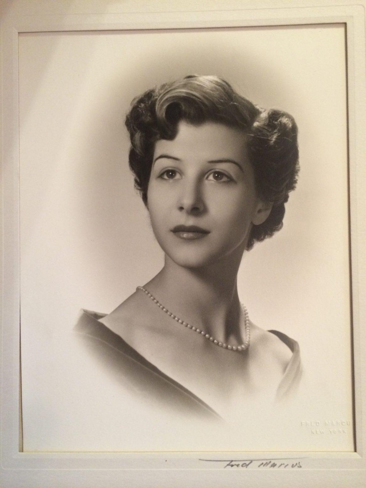 Laura Kaynor obituary 11-22-17