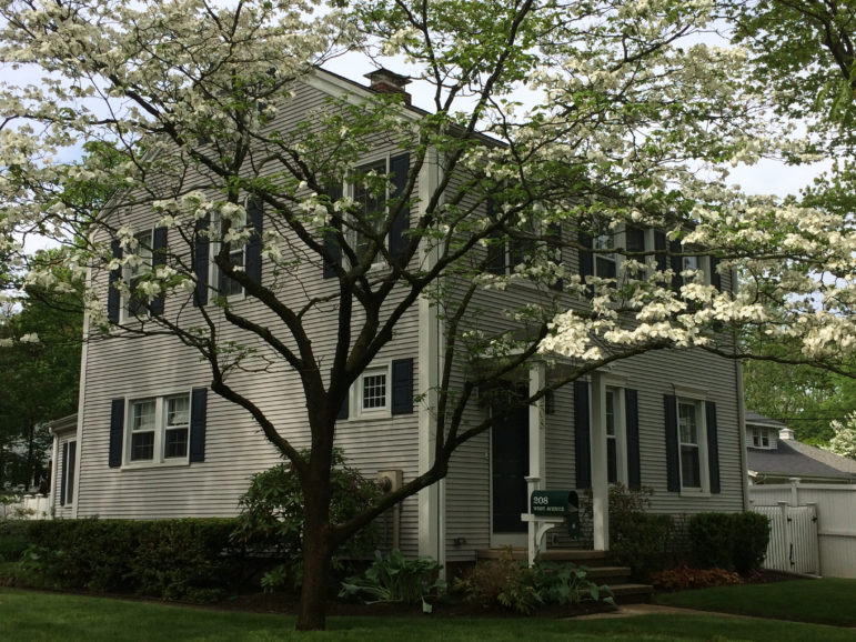 208 West Ave., Darien home sales