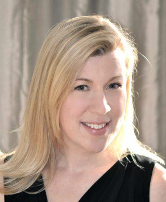 Hannah McKinnon author