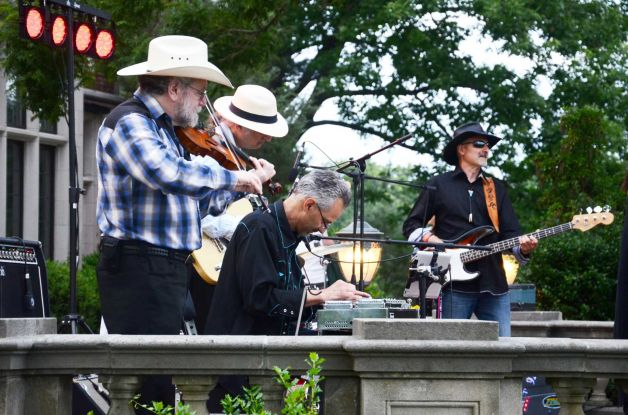 Gunsmoke band 2018 Darien Summer Nights