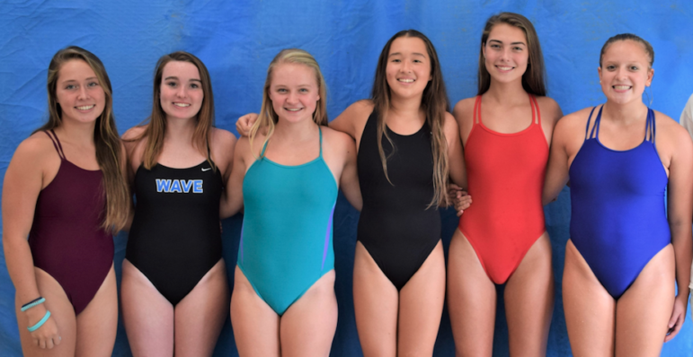 DHS Varsity Girl Divers Dive Team 2018-2019