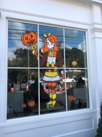 Windows 1 2018 Halloween window painting contest