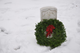 Wreaths Across America 2018 wreath tombstone