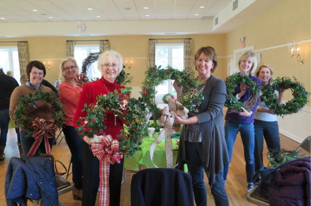 Wreath Making Christmas 2018 Christmastime Darien Community Association
