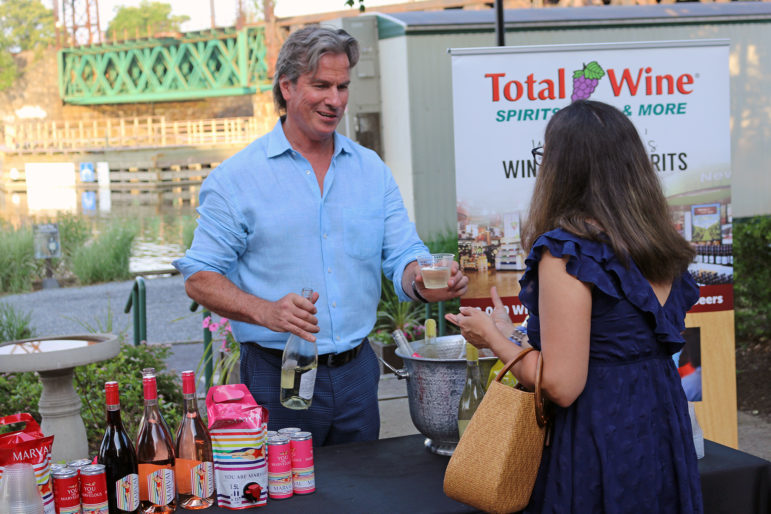 Maritime With A Twist Total Wines 2019
