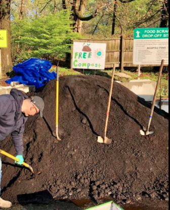 Darien Recycling Center free compost