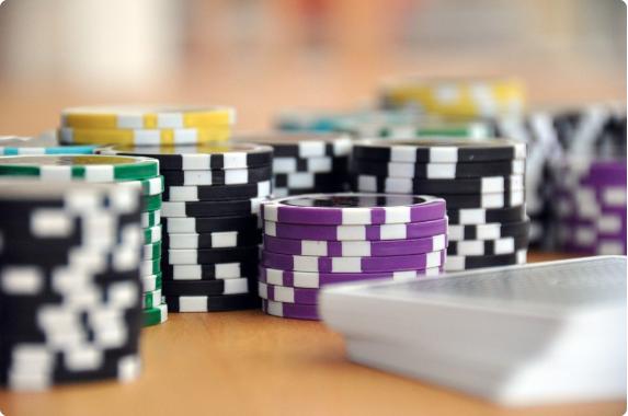 Poker Chips Darien Holds 'Em