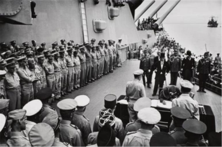Carl Mydans Surrender on the USS Missouri 1945