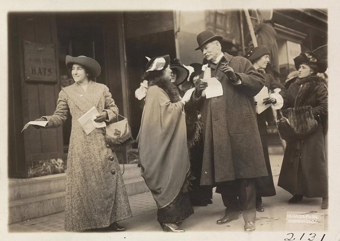 1913 Photograph of suffragists on a city sidewalk