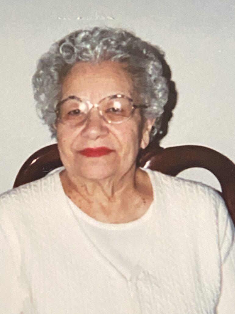 Marie Knapp obit