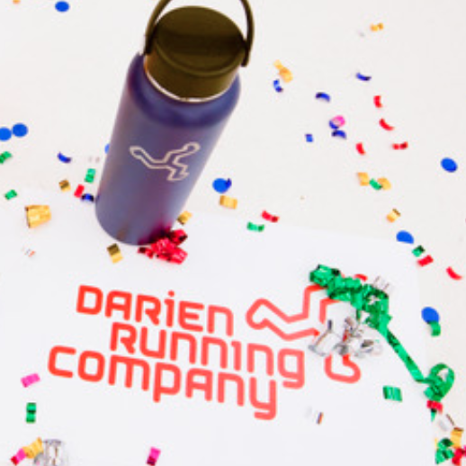 Darien Running Company announcement it's opening in Darien