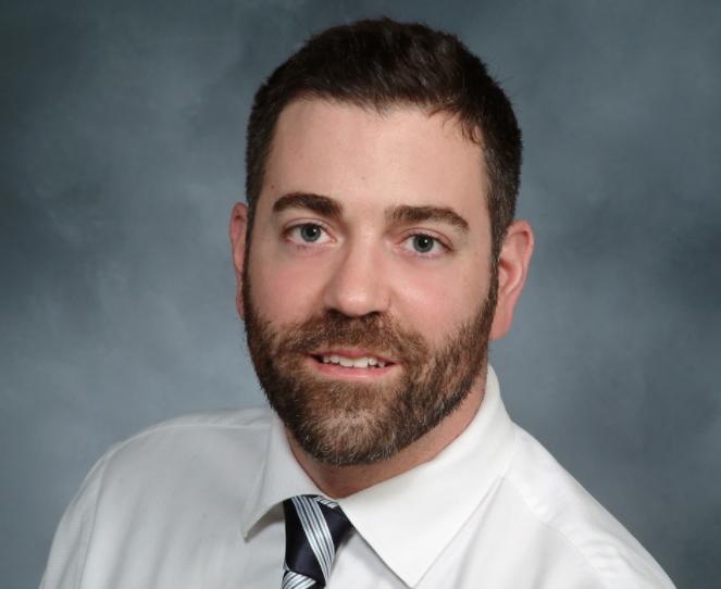 Dr. Daniel Barone headshot