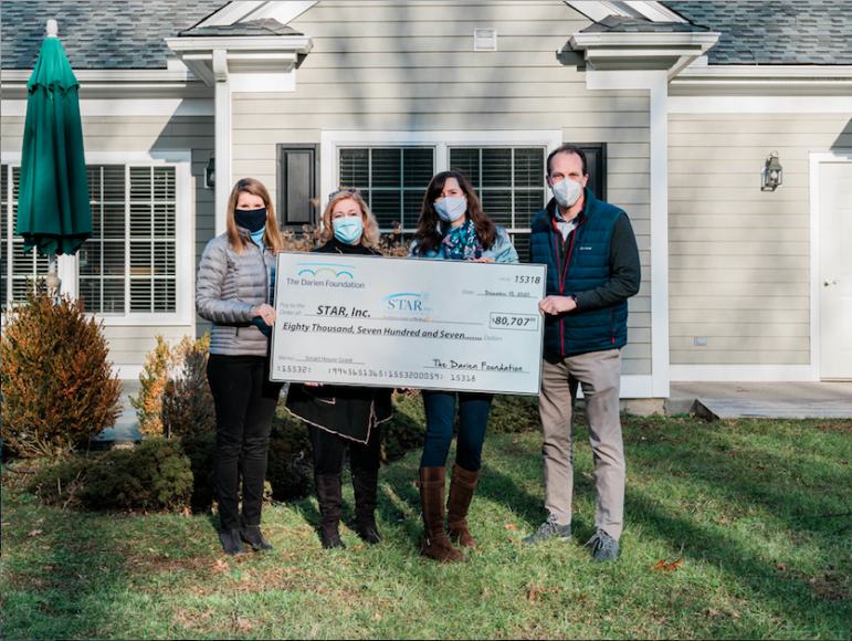 Big Check Small Grouping STAR Darien Foundation Smart Grant
