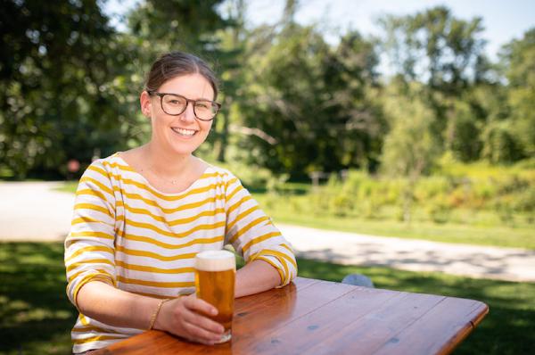 Em Sauter beer expert at Darien Library